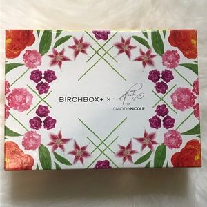 Mystery Beauty Box: Floral Candidly Nicole Box